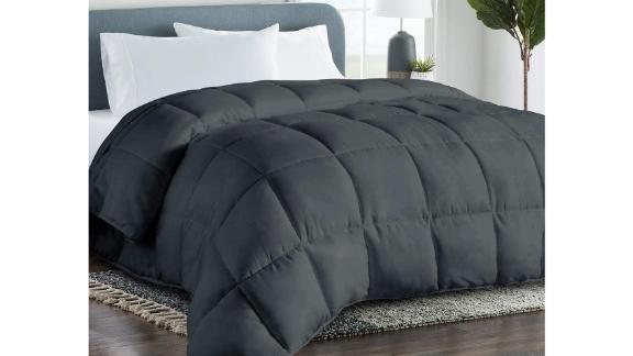 Cohome 2100 Series Fluffy Down Alternative Comforter
