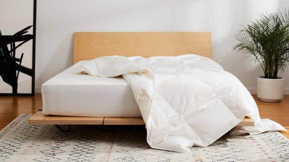 Brooklinen Lightweight Down Comforter