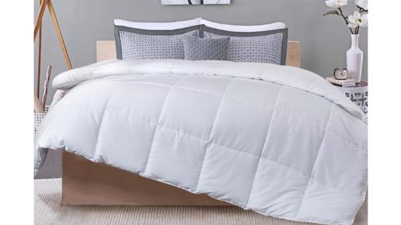 Alywyn Home Lightweight Summer Down Alternative Comforter