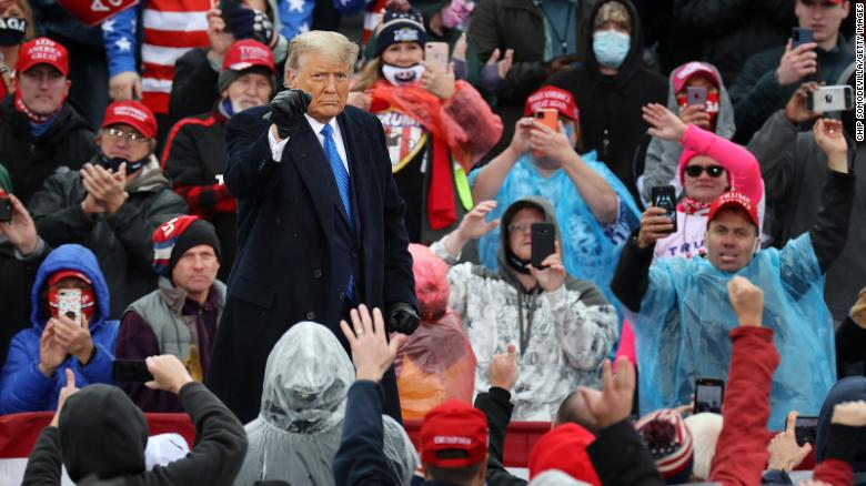 Trump supporters at rallies continue to get stranded in chilly temperatures
