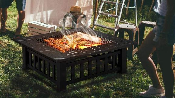 Yaheetech 32-Inch Outdoor Metal Fire Pit