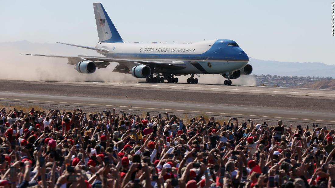 Trump, aboard Air Force One, arrives for a rally in Bullhead City, Arizona, on October 28.