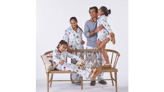ست لباس خواب پنبه ای کمپانی Family Flannel - دوستان سرگرم کننده برفی