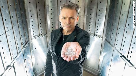 This entrepreneur says he's making diamonds 'from the sky'