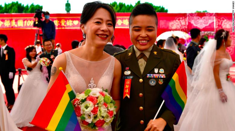 Same sex couples marry in mass military wedding — a first for Taiwan's armed forces
