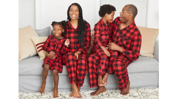مجموعه لباس خواب خانوادگی تطبیق فلانل تطبیق بوفالو قرمز