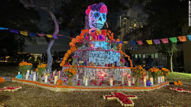 Día de los Muertos allows grieving Latino community to heal from pandemic losses