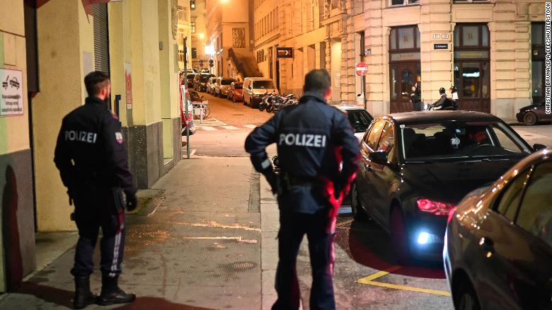 Police launch major operation in Vienna after shots fired