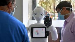 201105092452 invento robotics mitra 1 hp video