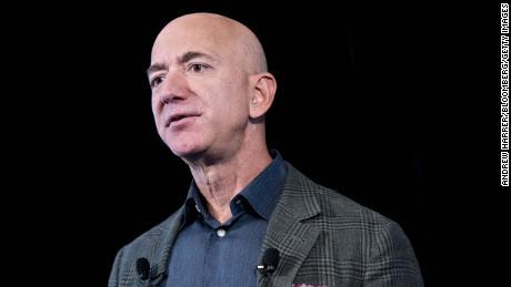 Jeff Bezos dumped $ 3 billion worth of Amazon stock