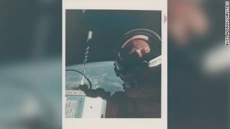 Fotos raras de la NASA en subasta, incluida la única fotografía de Neil Armstrong en la luna