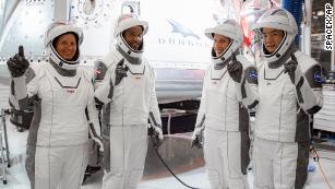 A SpaceX-NASA indítása: Mit kell tudni a szombati Crew Dragon űrhajós küldetés előtt