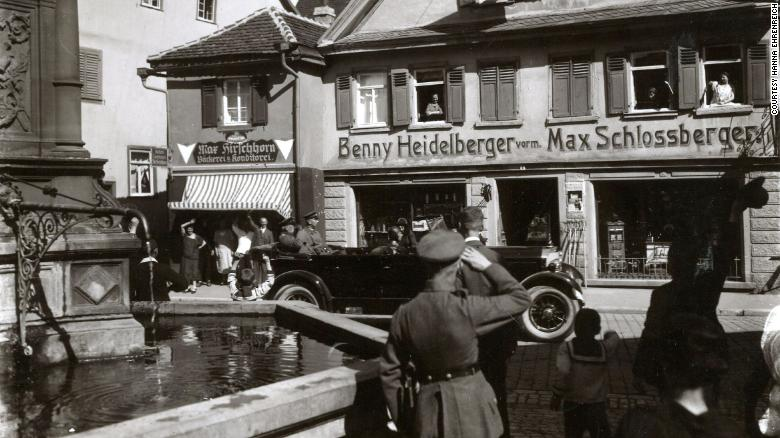 A German man's Nazi grandfather took over a Jewish man's store. He tracked down his descendants to apologize