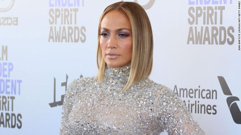 Jennifer Lopez and Maluma to perform together at American Music Awards