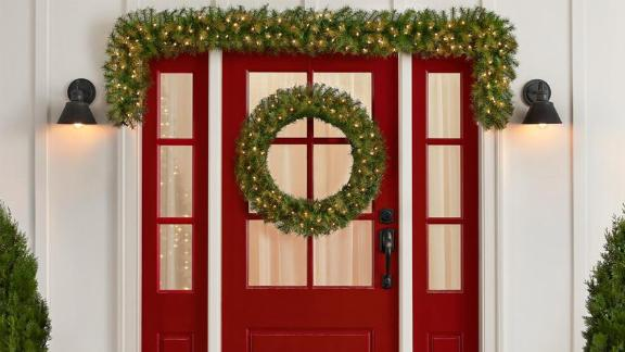 Home Accents Holiday 60-inch Norwood Fir Artificial Wreath