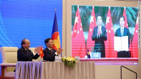 China firma un gran acuerdo comercial de Asia Pacífico con 14 países