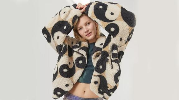 UO Olivia Printed Sherpa Jacket