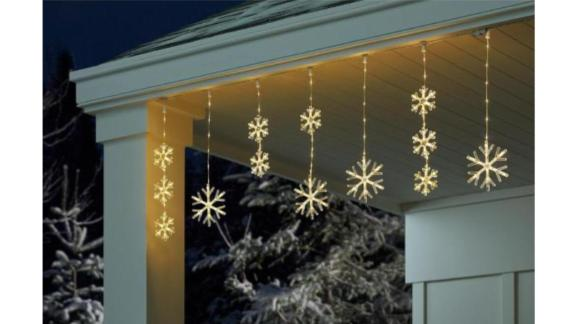 Home Accents Holiday LED Snowflake Icicle Light
