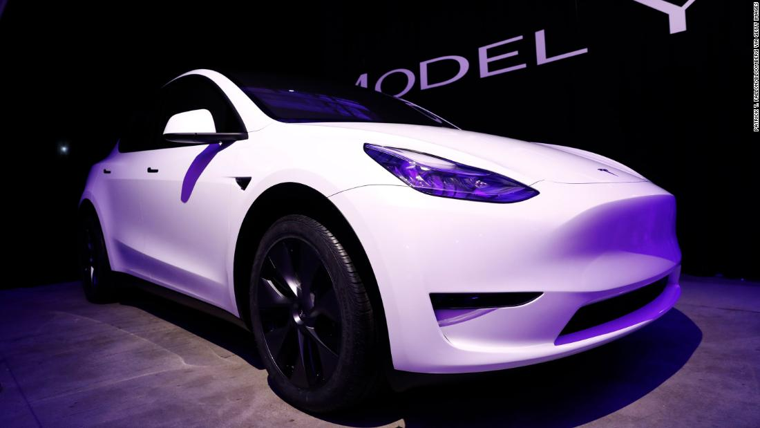 Image of article 'Model Y reliability woes put Tesla near bottom of Consumer Reports rating'