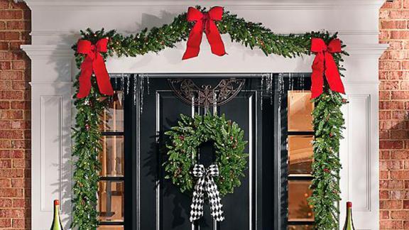 Grandin Road Madison Fraser Cordless Wreath