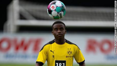 Youssoufa Moukoko: l'attaquant de 16 ans du Borussia Dortmund pourrait devenir le plus jeune joueur de l'histoire de la Bundesliga