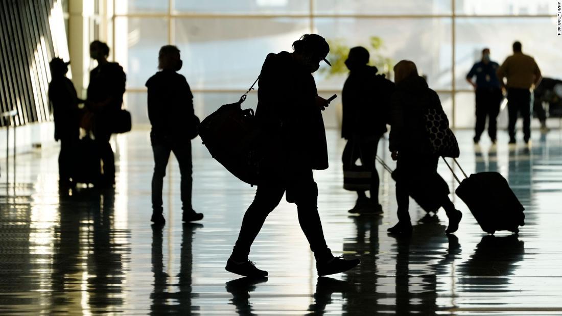 201120160629 airport passengers salt lake city 1027 super tease