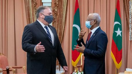 On October 28, US Secretary of State Mike Pompeo tweeted this image following his meeting with Maldives President Ibrahim Mohamed Solih.