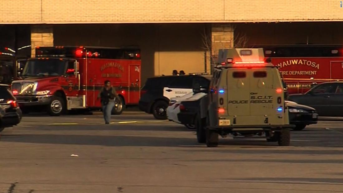 Eight people injured in shooting at mall near Milwaukee