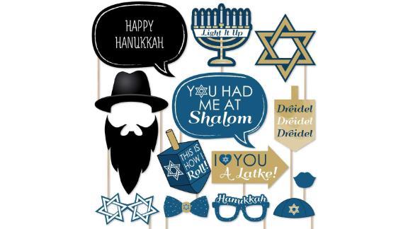 Big Dot of Happiness Hanukkah Photo Booth Props
