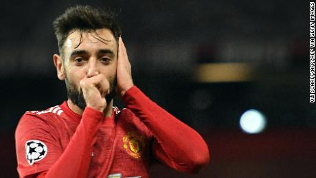 Manchester United midfielder Bruno Fernandes celebrates scoring his second goal.