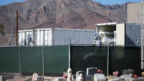 El Paso County ออกเคอร์ฟิวเนื่องจากผู้ติดเชื้อ Covid-19 และมีผู้เสียชีวิตเพิ่มขึ้น