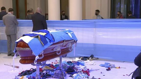maradona entierro funeral panteon villa vista  luto nacional idolo perspectivas mexico carlos tomada embajada argentina cnne_00010908.png