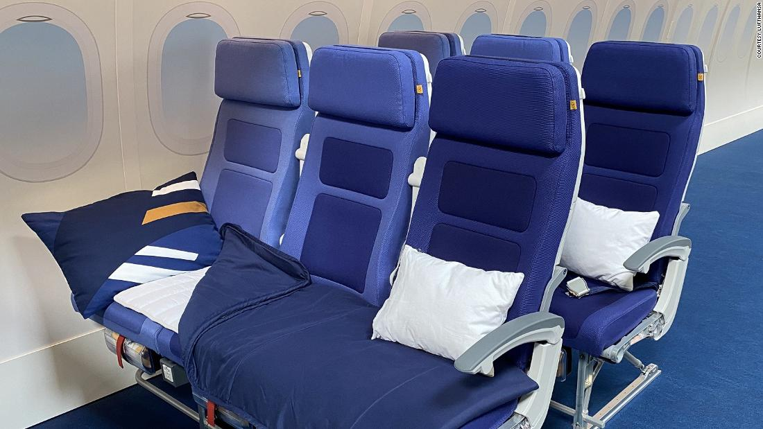 Lufthansa trials lie-flat economy seat concept