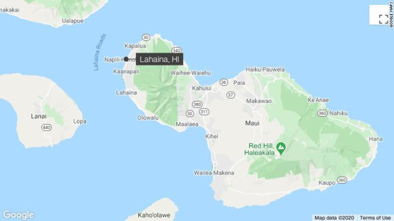 California woman hospitalized after suspected shark bite off Hawaii beach