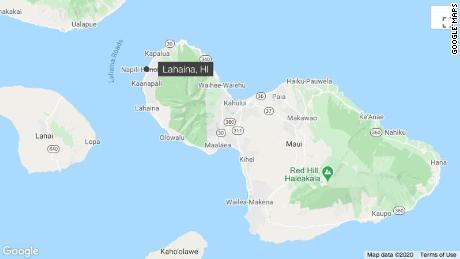 California woman hospitalized after suspected shark bite off Hawaii beach