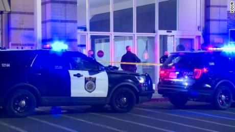 A second man dies after Sacramento mall shooting