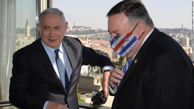 US Secretary of State Mike Pompeo (right) and Israeli PM Benjamin Netanyahu meet in Jerusalem on November 19, 2020.
