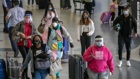 More than 4 million people in the US traveled for Thanksgiving, new data shows