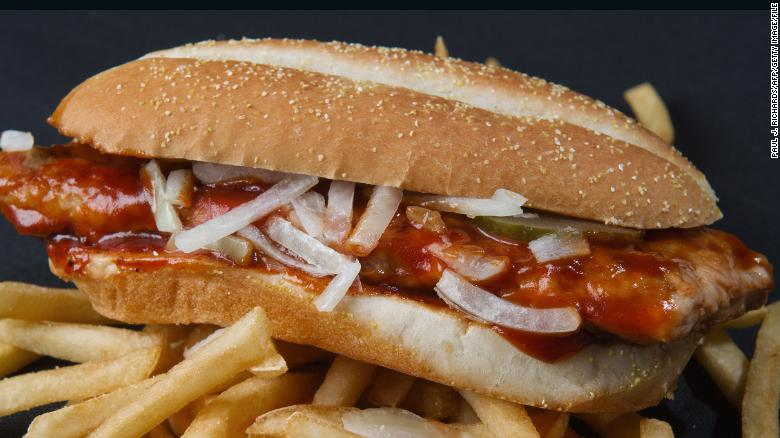 Mcdonald's is giving away 10,000 free sandwiches for fans who shave their faces