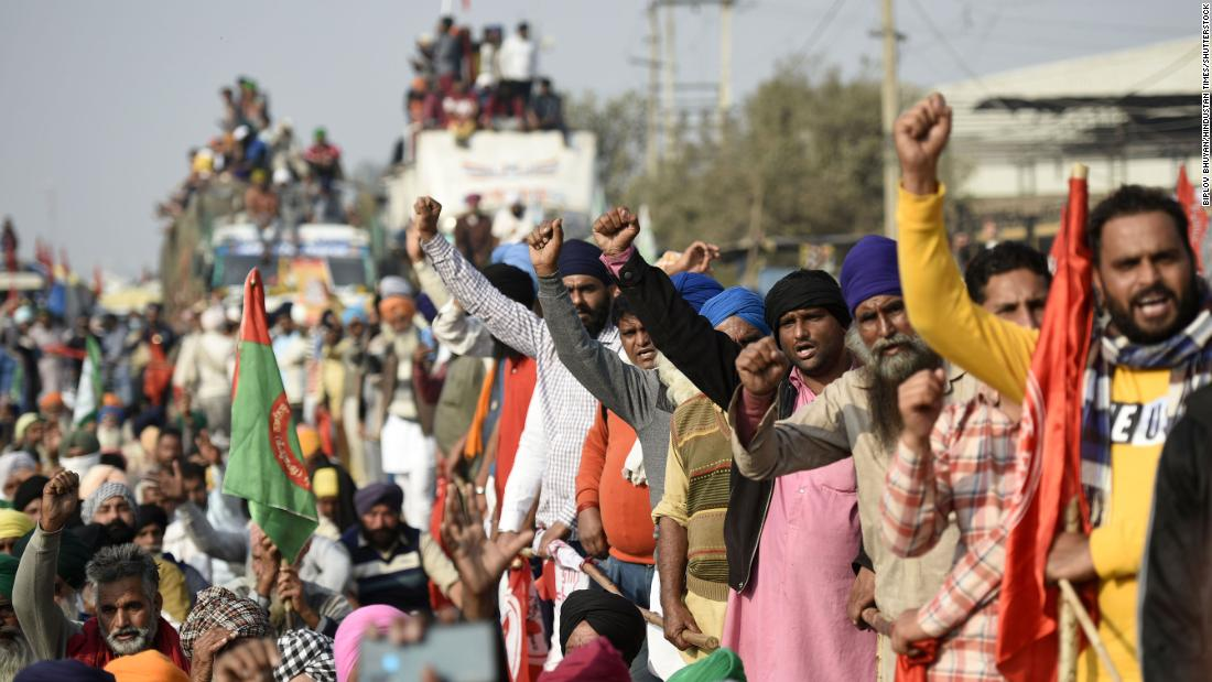 Farmers Protest: Union Agriculture Minister Narendra Singh Tomar on Thursday said that the government was ready to talk to farmers anytime.