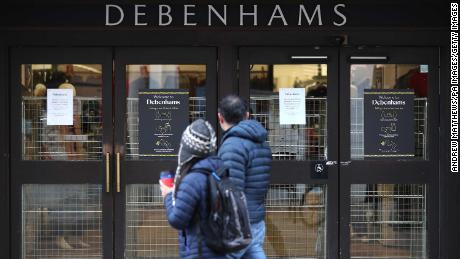 25,000 jobs at risk as Debenhams closure follows Topshop collapse