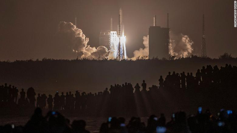 A Long March 5 rocket carrying China's Chang'e-5 lunar probe launches from the Wenchang Space Center on November 24.