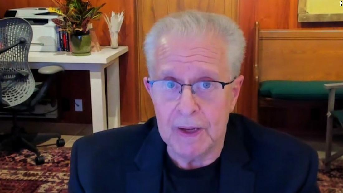 Law professor reacts to DOJ investigation of White House pardons
