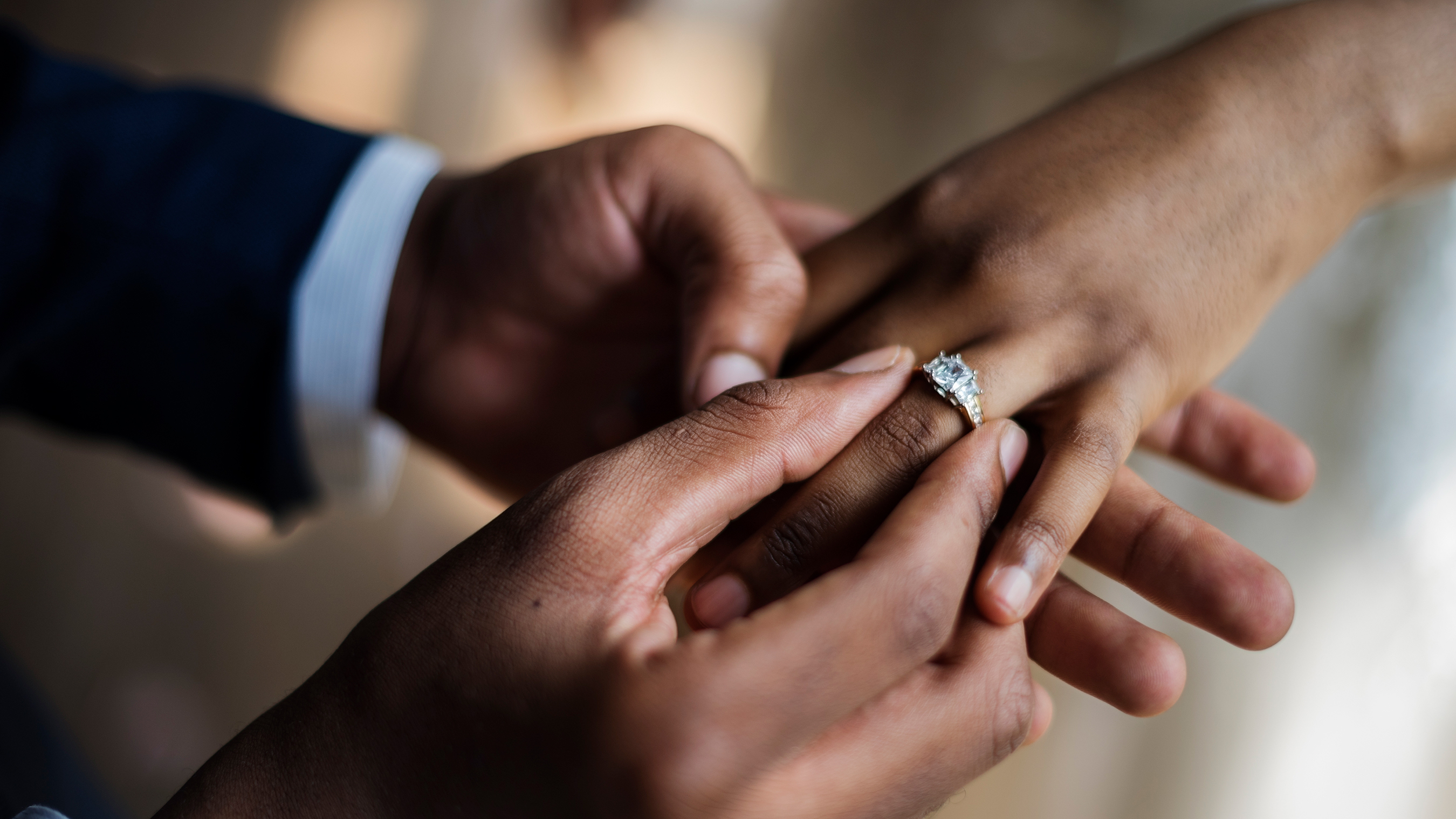 44+ Best Carat Diamond Engagement Ring Gif