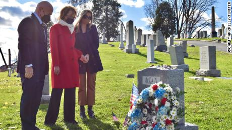 Mark Kelly, who will be sworn in as US Senator on Wednesday, and his wife, former Rep.  Gabby Giffords will visit the cemetery of the late Sen. John McCain in Annapolis, Maryland on Tuesday.