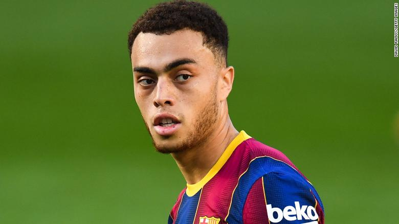 Sergino Dest Barcelona S Young American Star Admits It Is Honor To Play With Lionel Messi Cnn