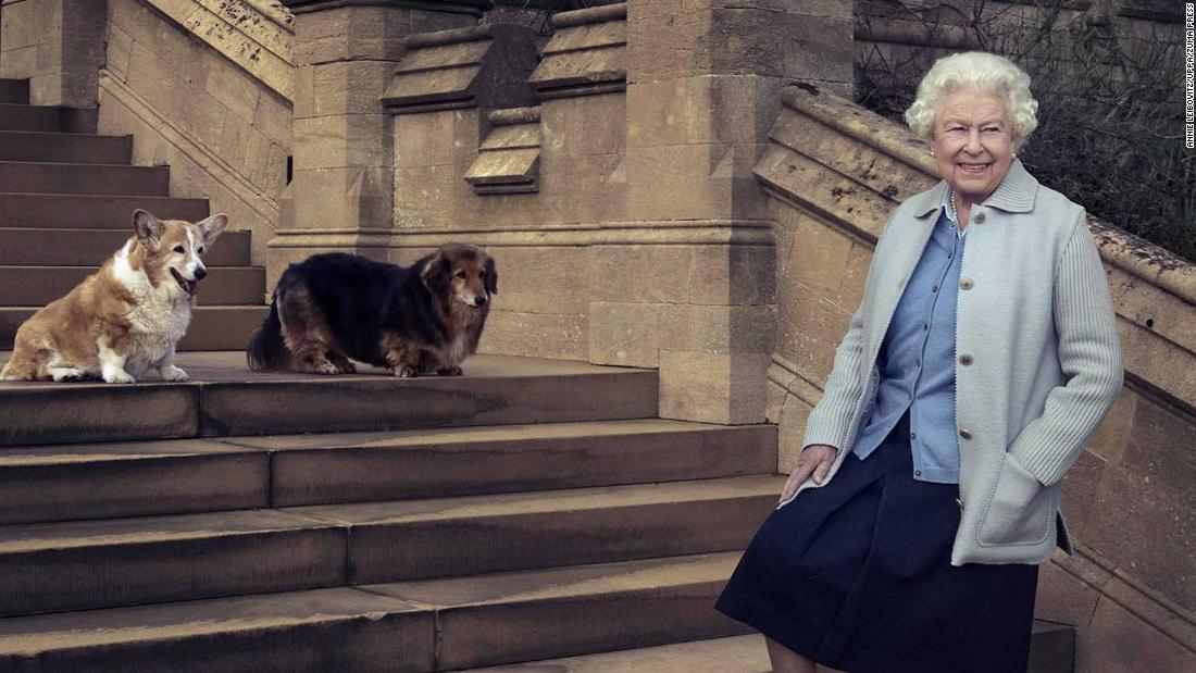 Queen Elizabeth II's dorgi Vulcan has died leaving her with just one remaining dog – CNN