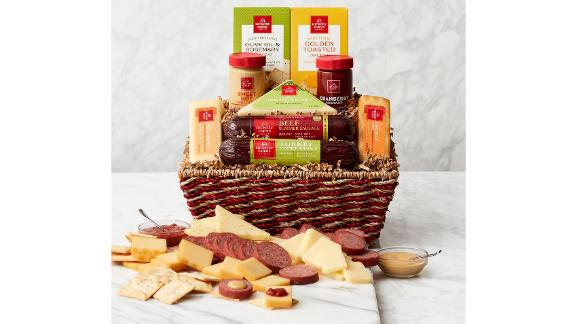 Hickory Farms Signature Gift Basket