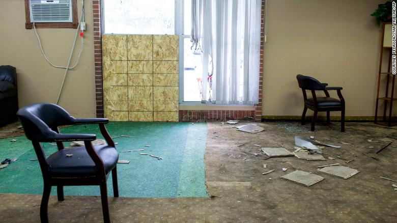A militia leader — also a former sheriff's deputy — is convicted for bombing a Minnesota mosque