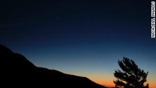 & # 39; Noel Yıldızı & # 39; Jüpiter ve Satürn yüzyıllardır sahip olduklarından yakınlaştıkça